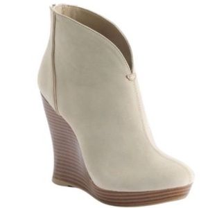 Jennifer Lopez 7 Reena Wedge Booties Natural Tan